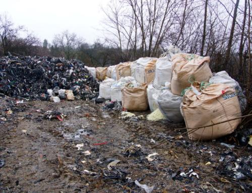 Illegális hulladék: két fordulóval érkezhetett a rakomány egy olasz műanyag termékeket gyártó cégtől (szabadpecs.hu)
